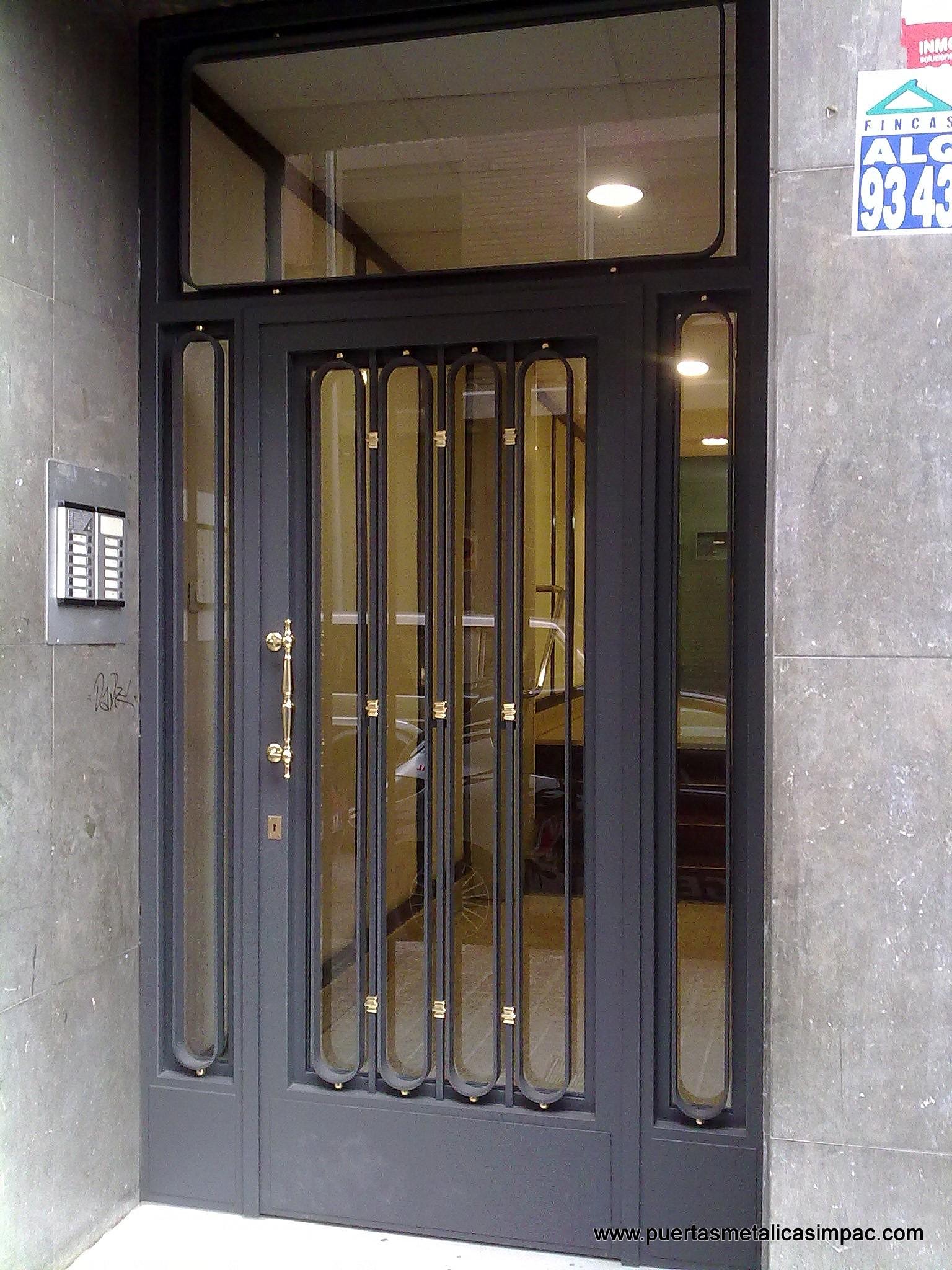 Cerrajeria impac s p c puertas met licas fabricaci n for Ver modelos de puertas